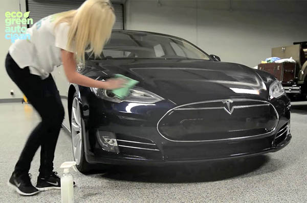 Tesla a Eco Green Auto Clean