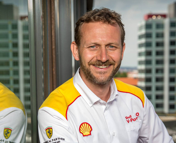 Pavel Los, Shell CR